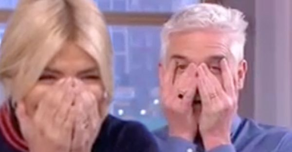 Holly Willoughby shocks by making a series of mistakes on This Morning