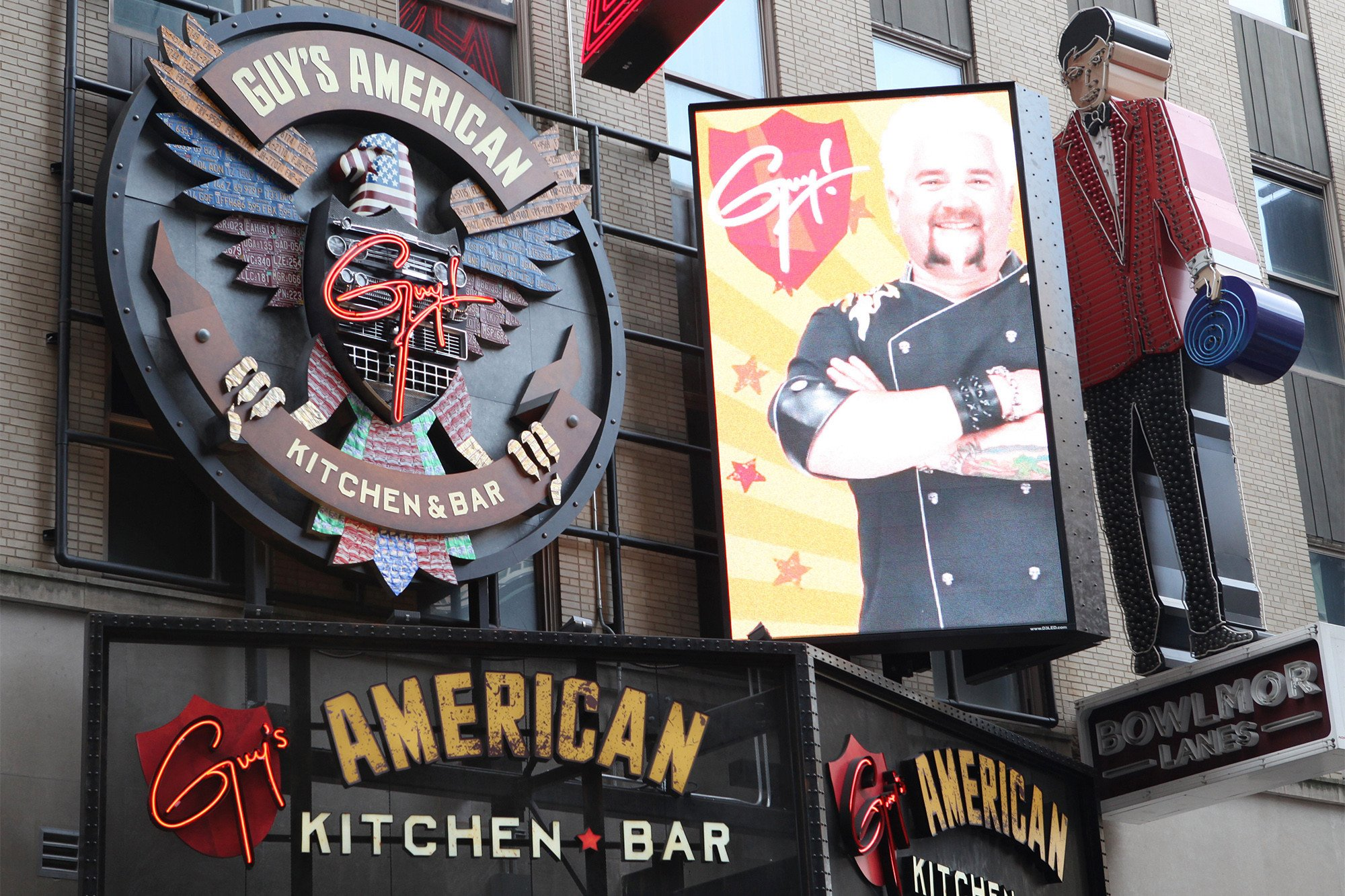 Good riddance to Guy Fieri's Times Square tourist trap