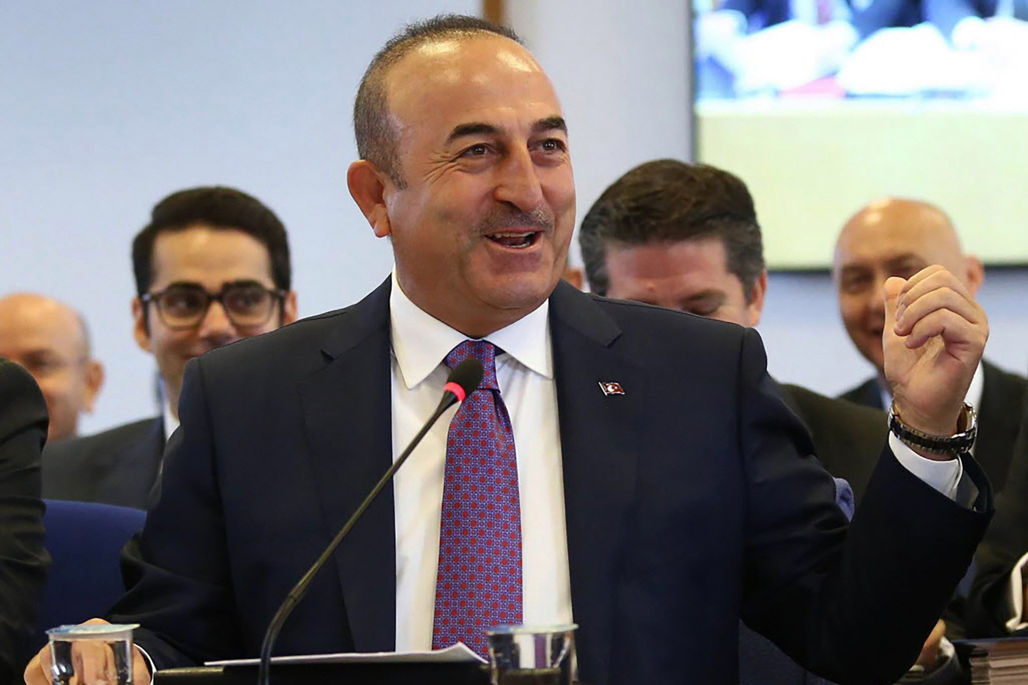 Turkey warns citizens against traveling to America