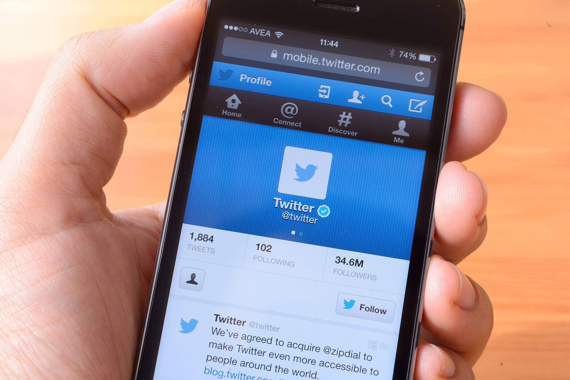 Twitter swears it's not reading your private messages