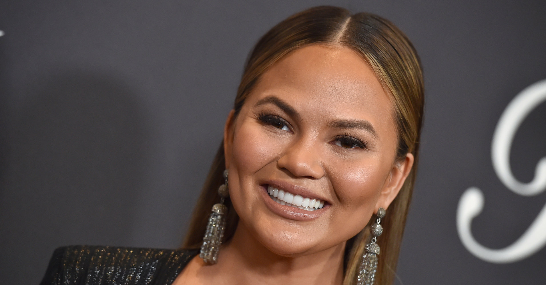 Chrissy Teigen Celebrates Getting Gray Hair With The Perfect Tweet
