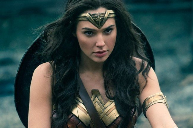 'Wonder Woman' Will Not Be Fighting 'Star Wars' at the Box Office