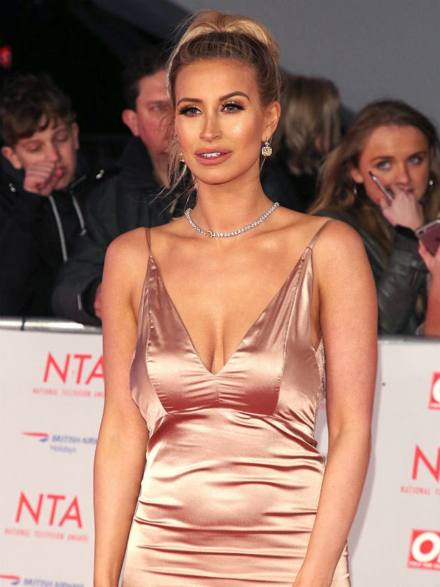 Ferne McCann defends herself after 'drinking shots' before breast-feeding