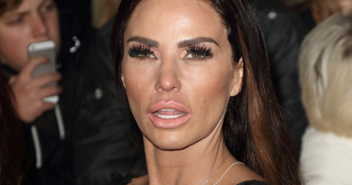 Katie Price 'kisses and makes up with ex Peter Andre' after NTAs reunion