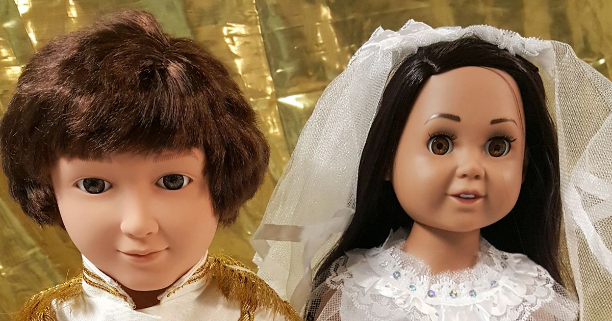 Woman is selling homemade Harry and Meghan dolls – but they don't come cheap