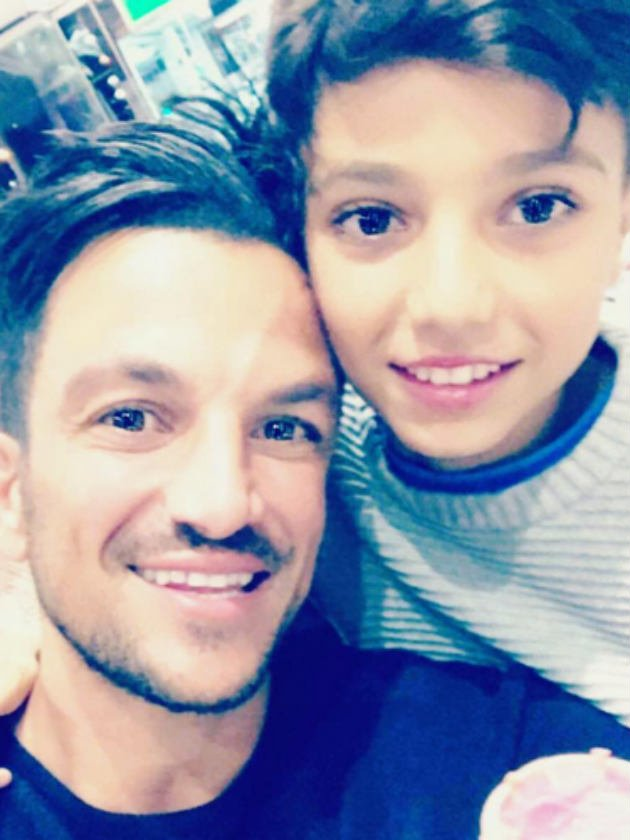 Peter Andre gets hilarious reaction from Junior as he tries to chat in video