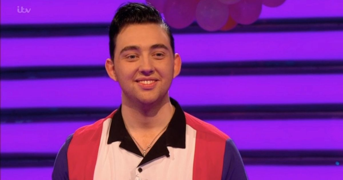 Take Me Out fans stunned by Elvis fan who is identical to lovable kids character