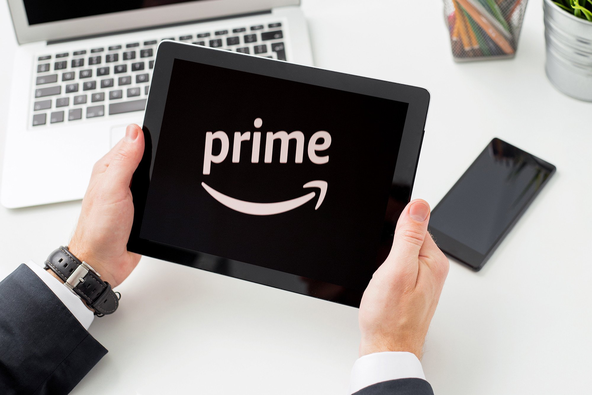 Amazon hikes price for its Prime service