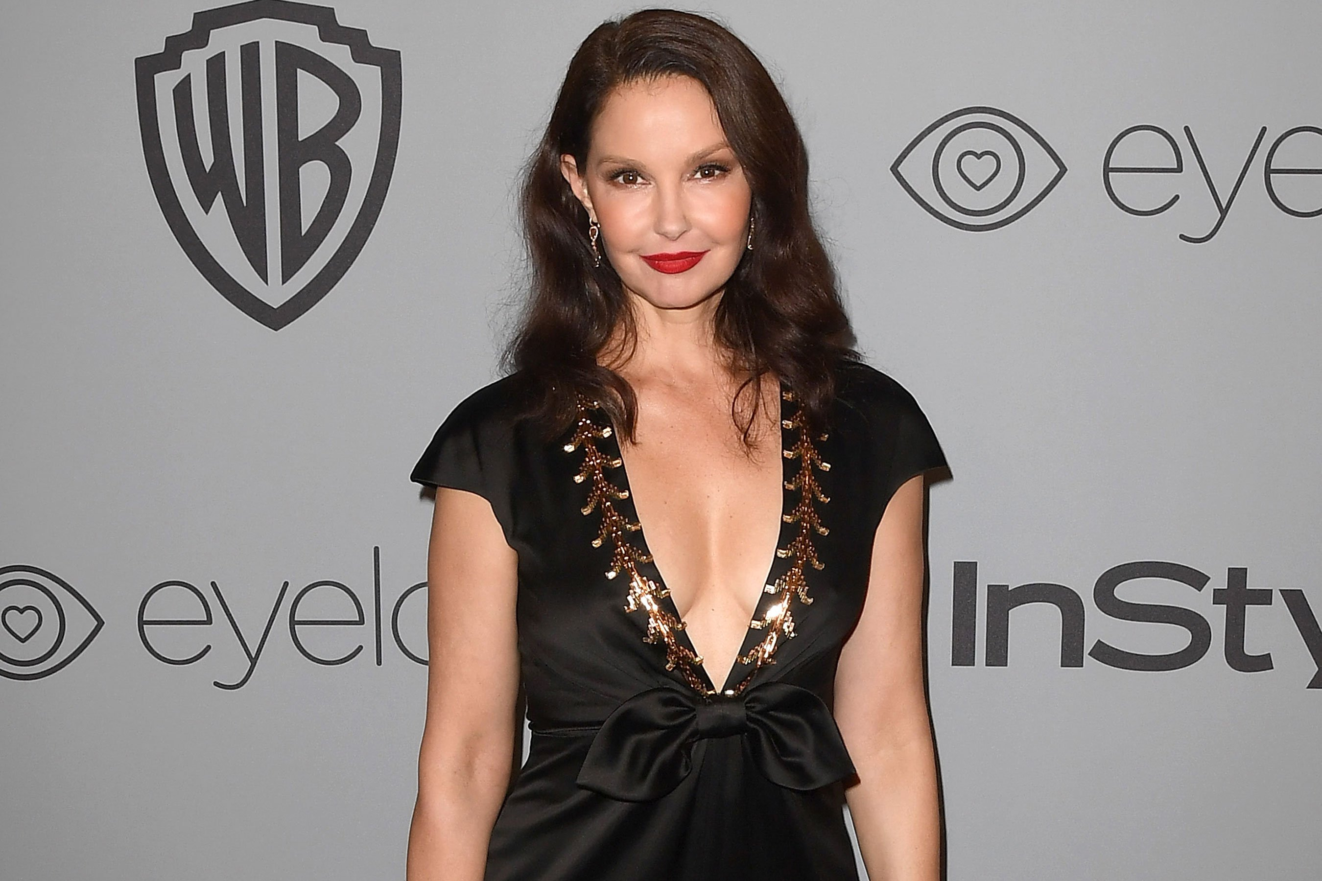 Ashley Judd calls James Franco's response to sexual misconduct allegations 'terrific'