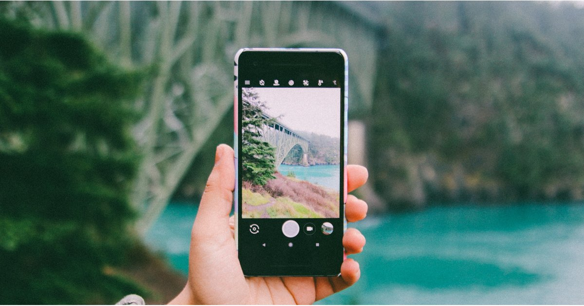 """A Case For Why Taking """"Too Many"""" Photos Is Actually a Way to Live in the Moment"""