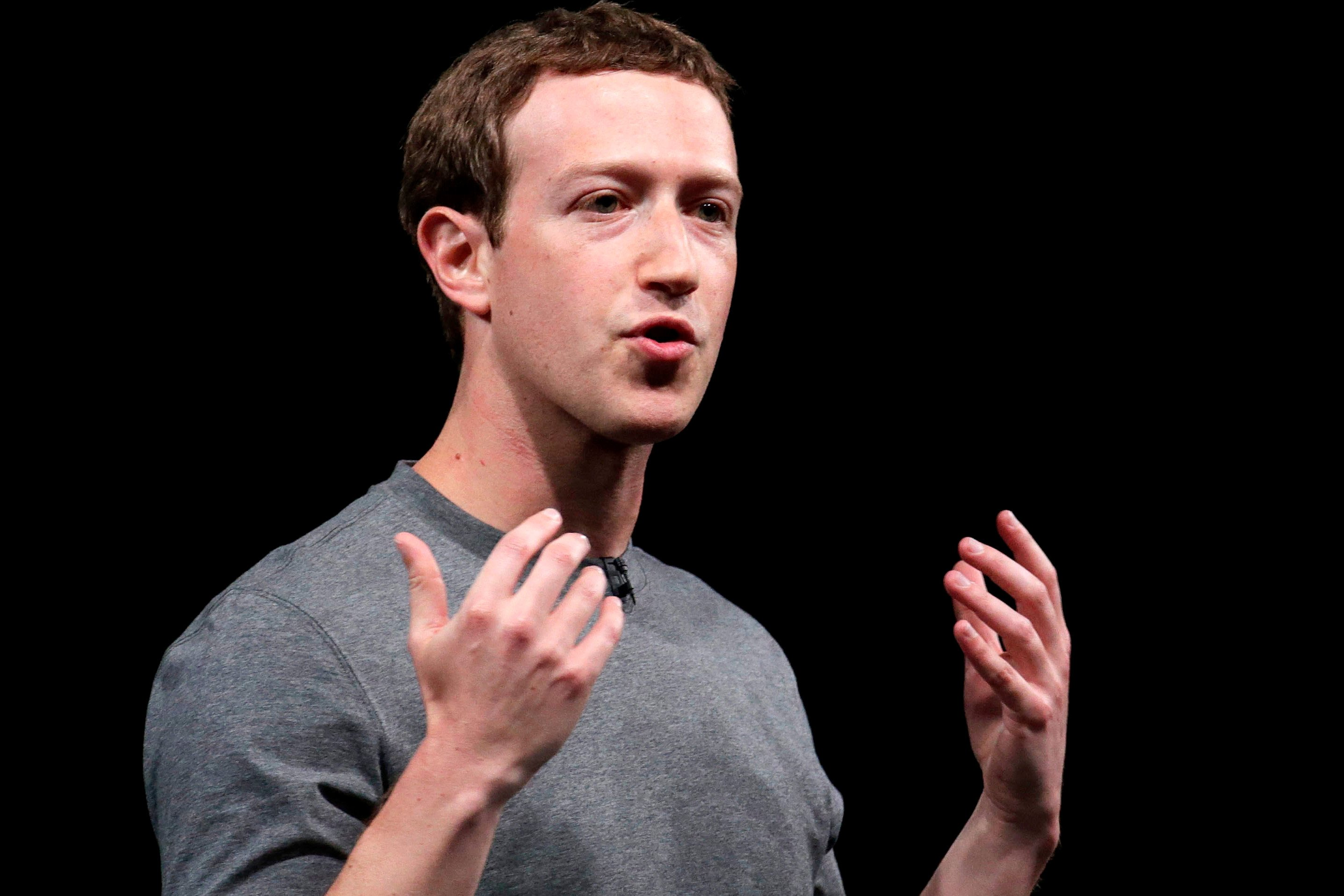 Wall Street not a fan of Facebook's new News Feed