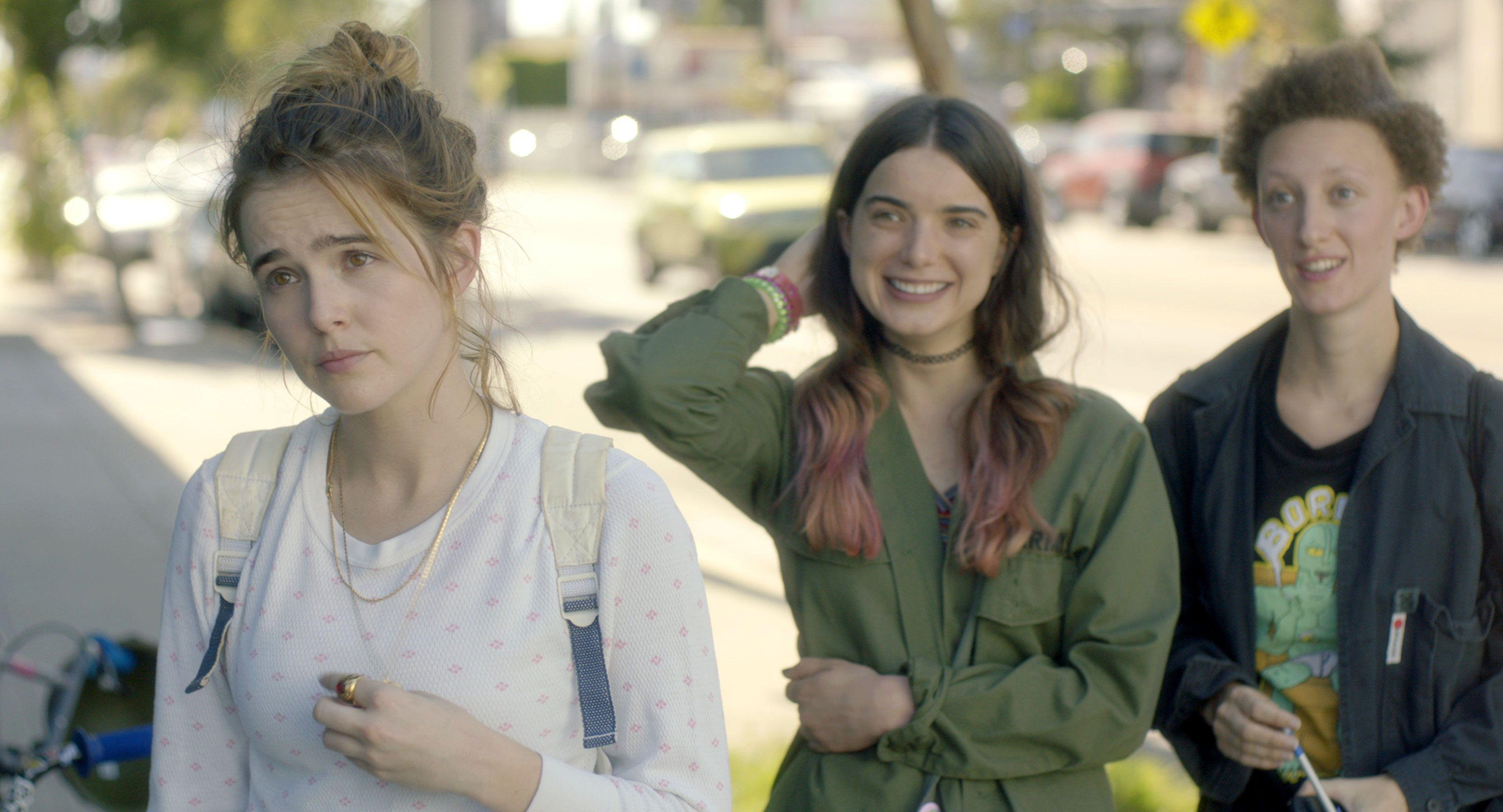 Zoey Deutch stars in new trailer for dark comedy Flower
