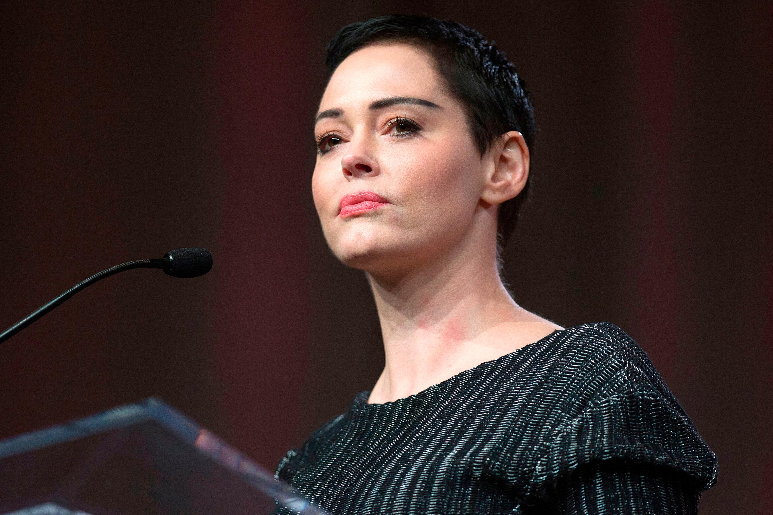 Golden Globes: Rose McGowan speaks out against stars wearing black
