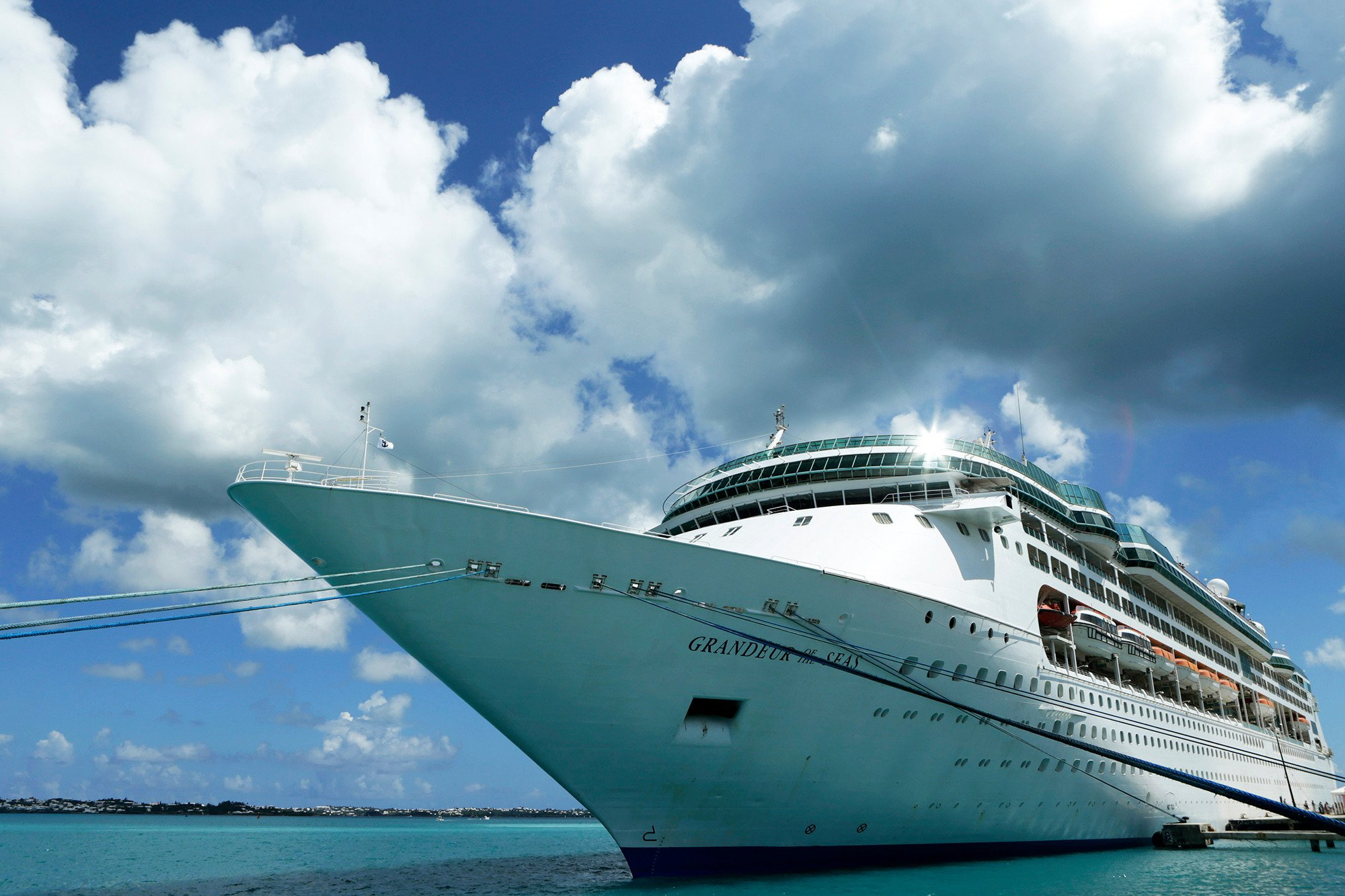 Dozens of Royal Caribbean passengers get stomach bug