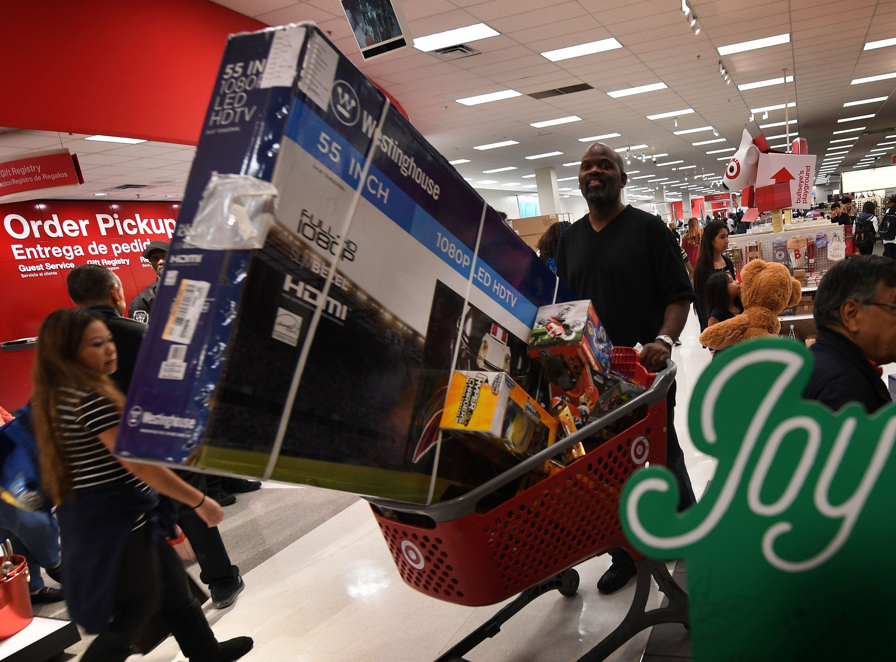 Retailers report a healthy spike in holiday sales