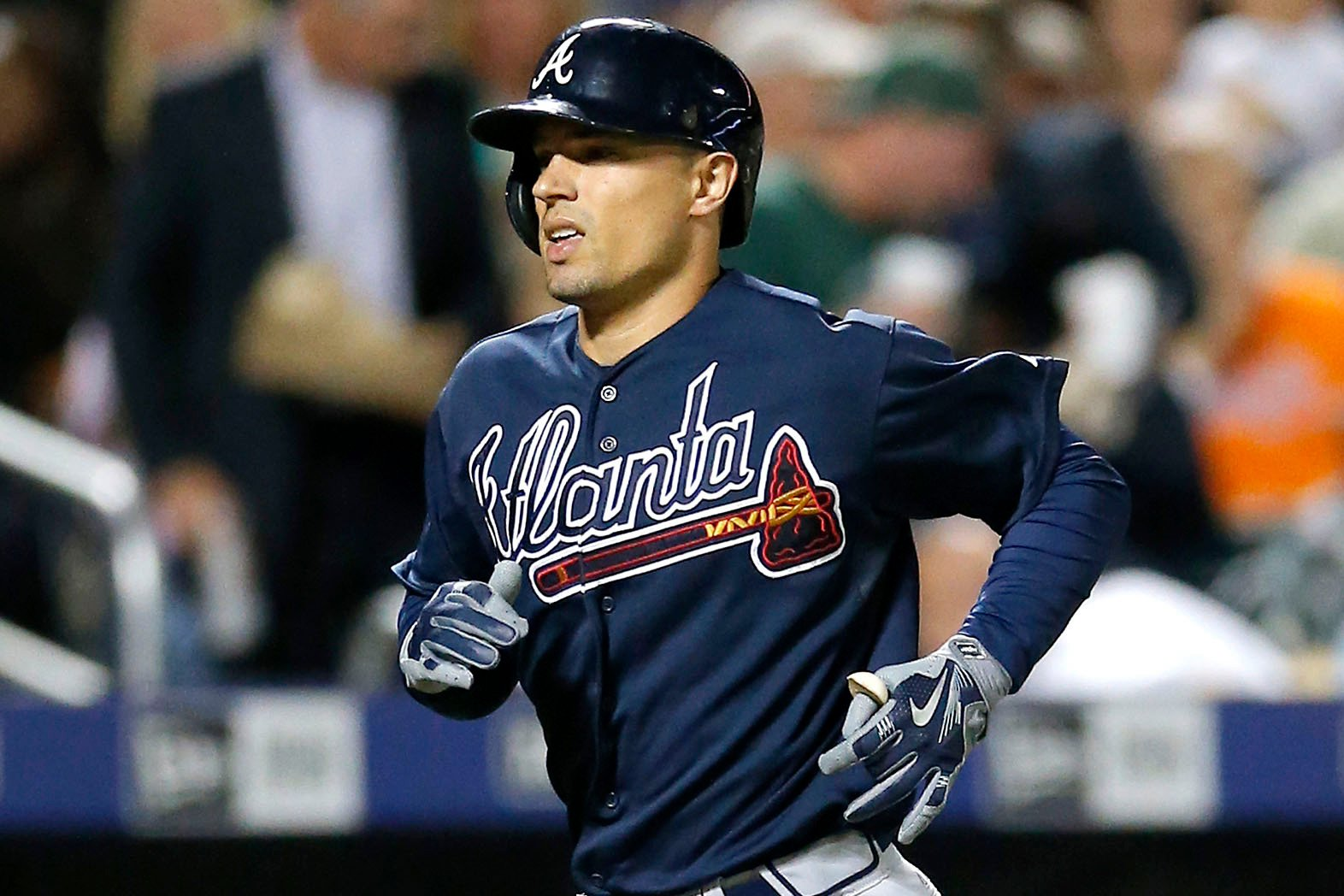 Yankees sign former Brave to add more depth into the infield
