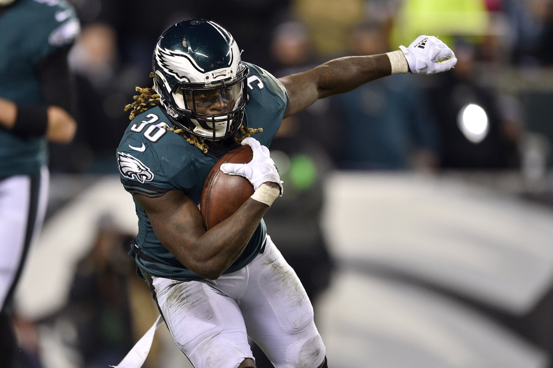 Home underdog Eagles have tools to upend Vikings
