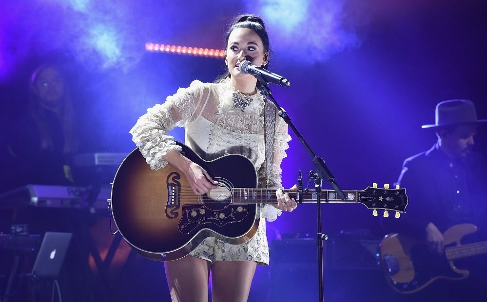 Grammys 2018: Jessie Reyez, Kacey Musgraves, 6lack Highlight Universal Music Showcase