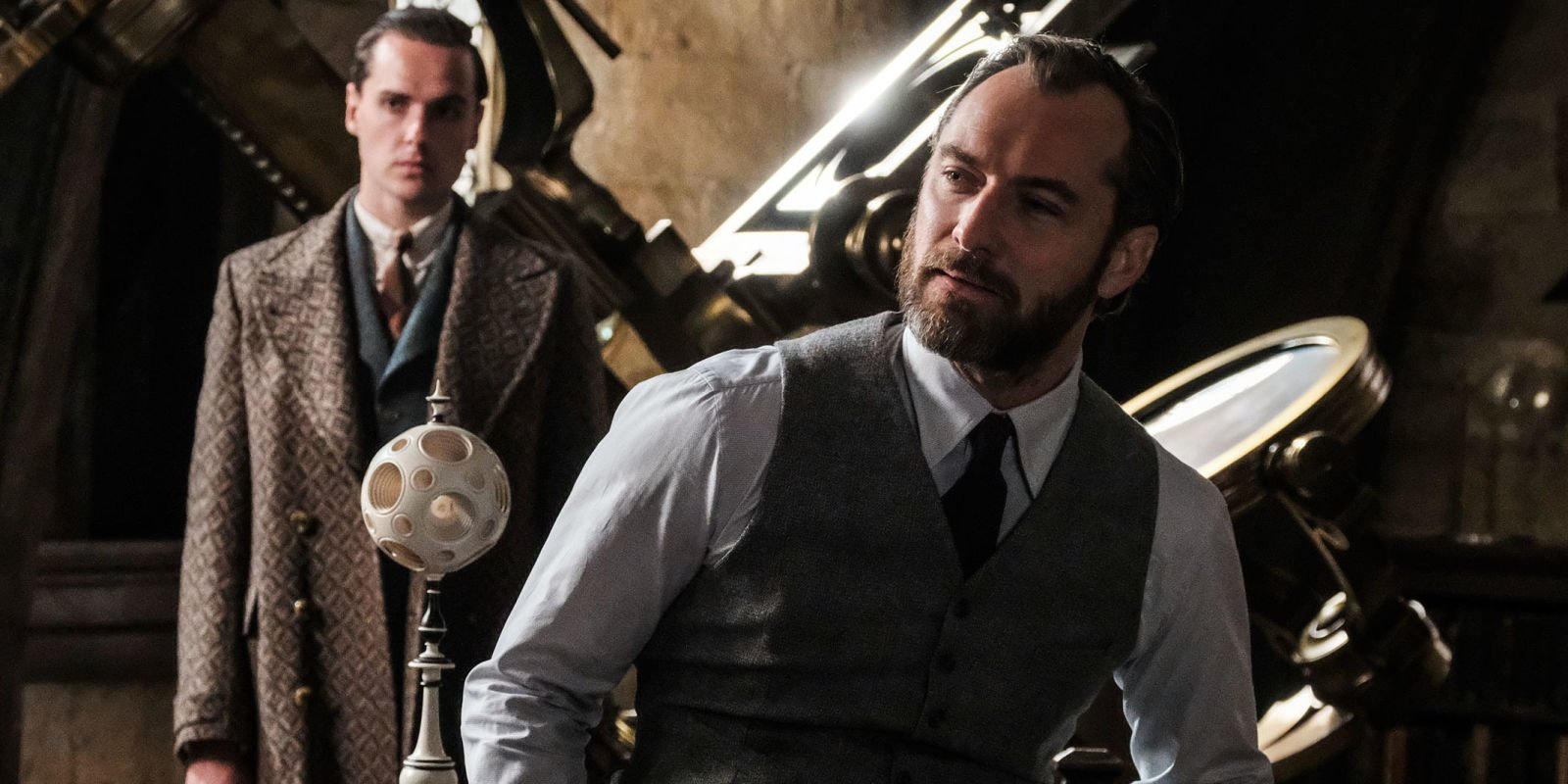 "Dumbledore won't be ""explicitly gay"" in Fantastic Beasts 2"