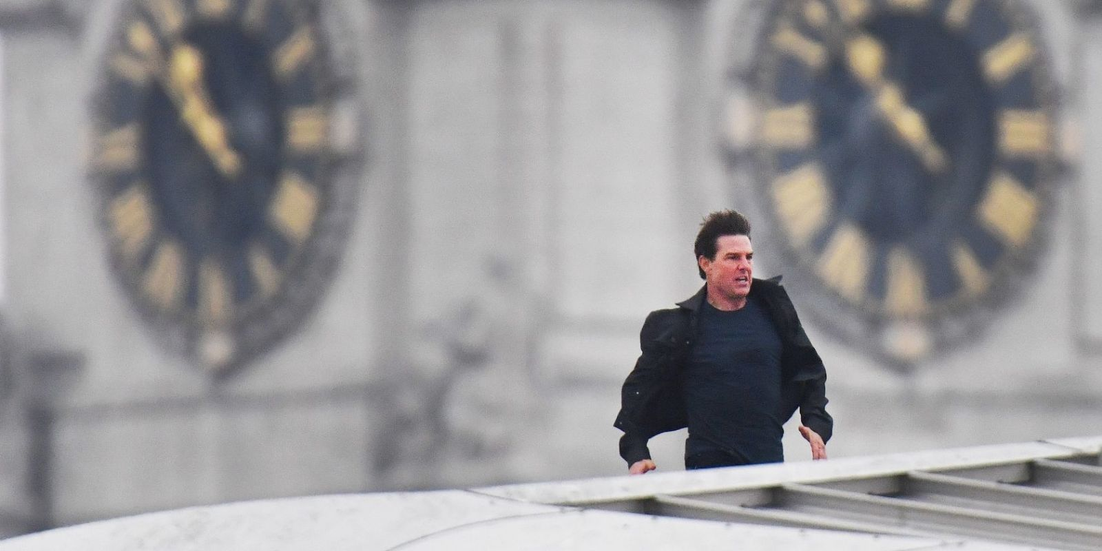 Tom Cruise films Mission: Impossible stunts in London after recovering from previous injury