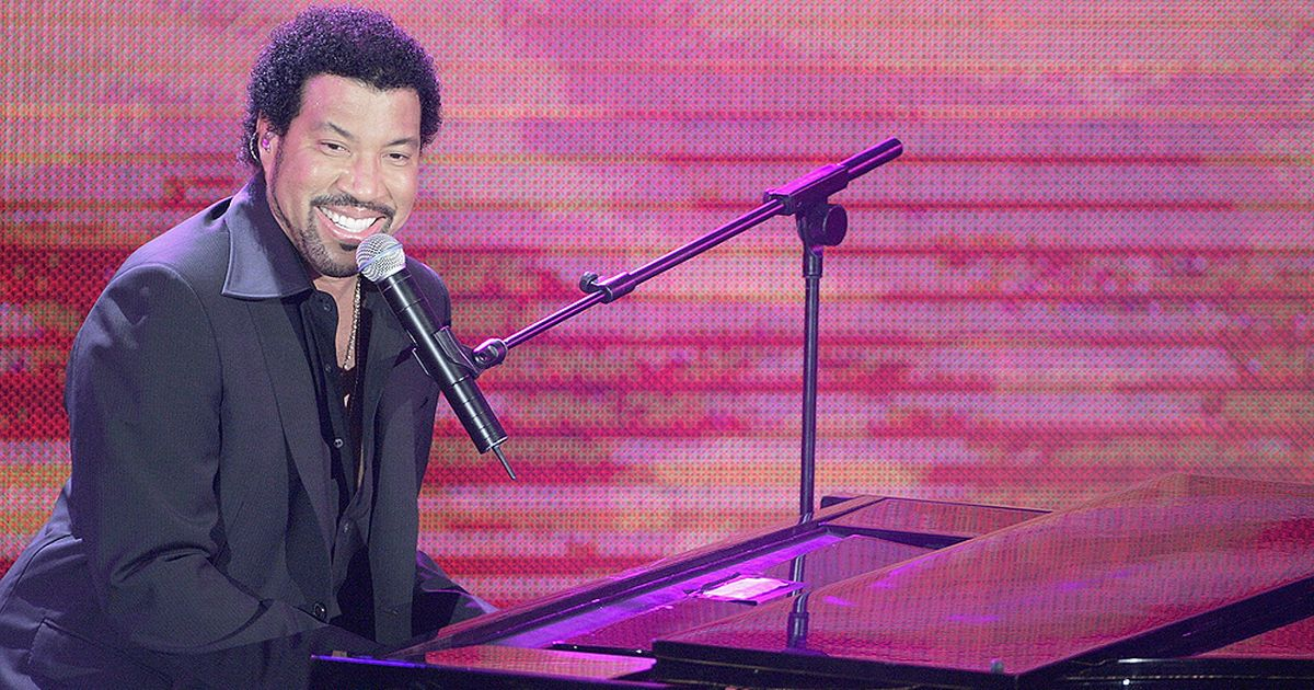 Here's how you can get tickets to Lionel Richie's 2018 UK tour