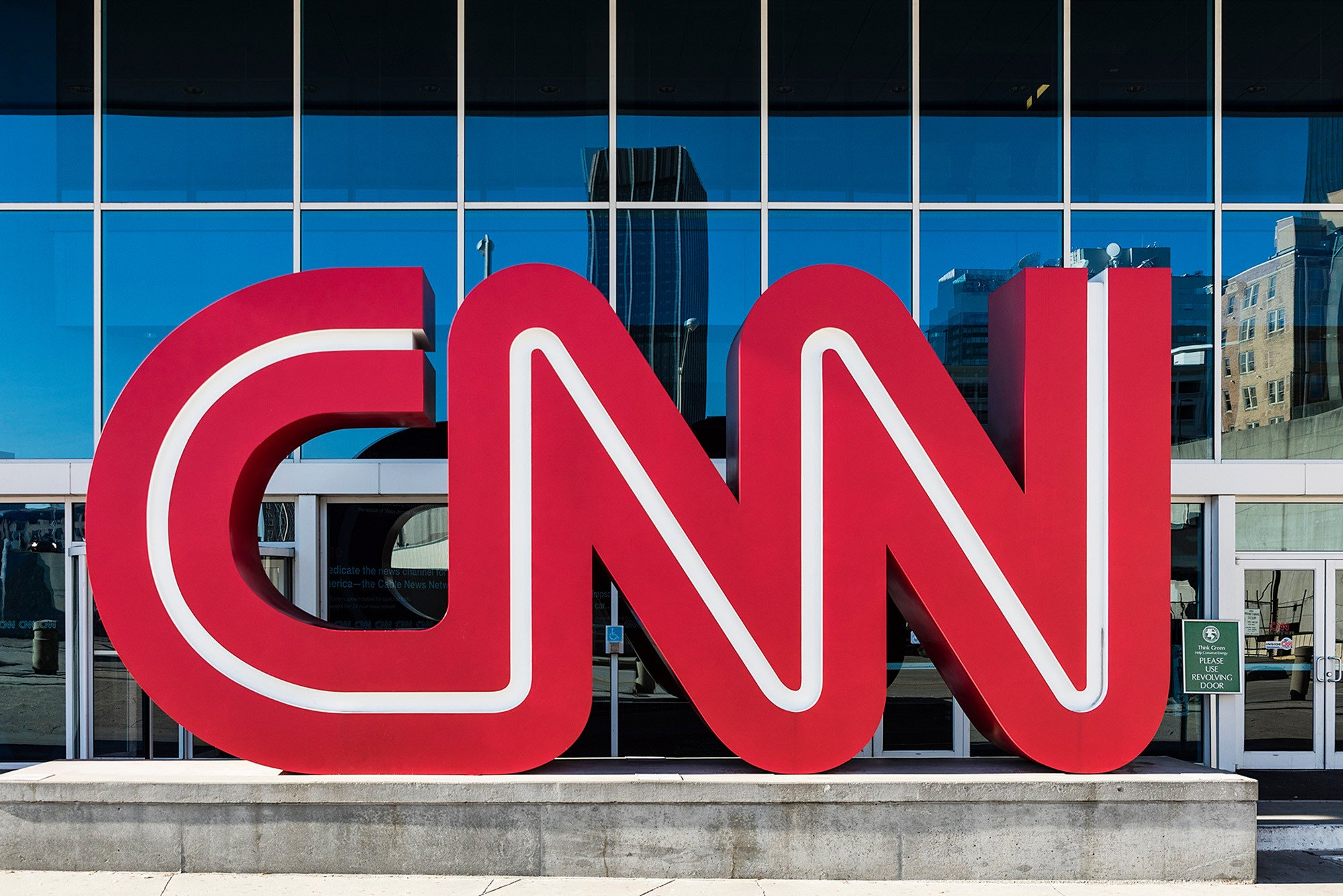 Teen who threatened to shoot up CNN also targeted Islamic center