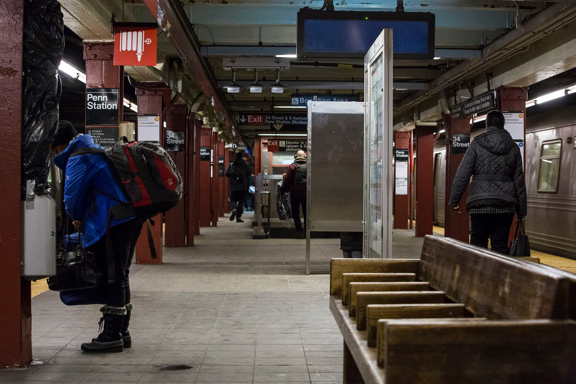 De Blasio representatives spike plan to renovate subway stations