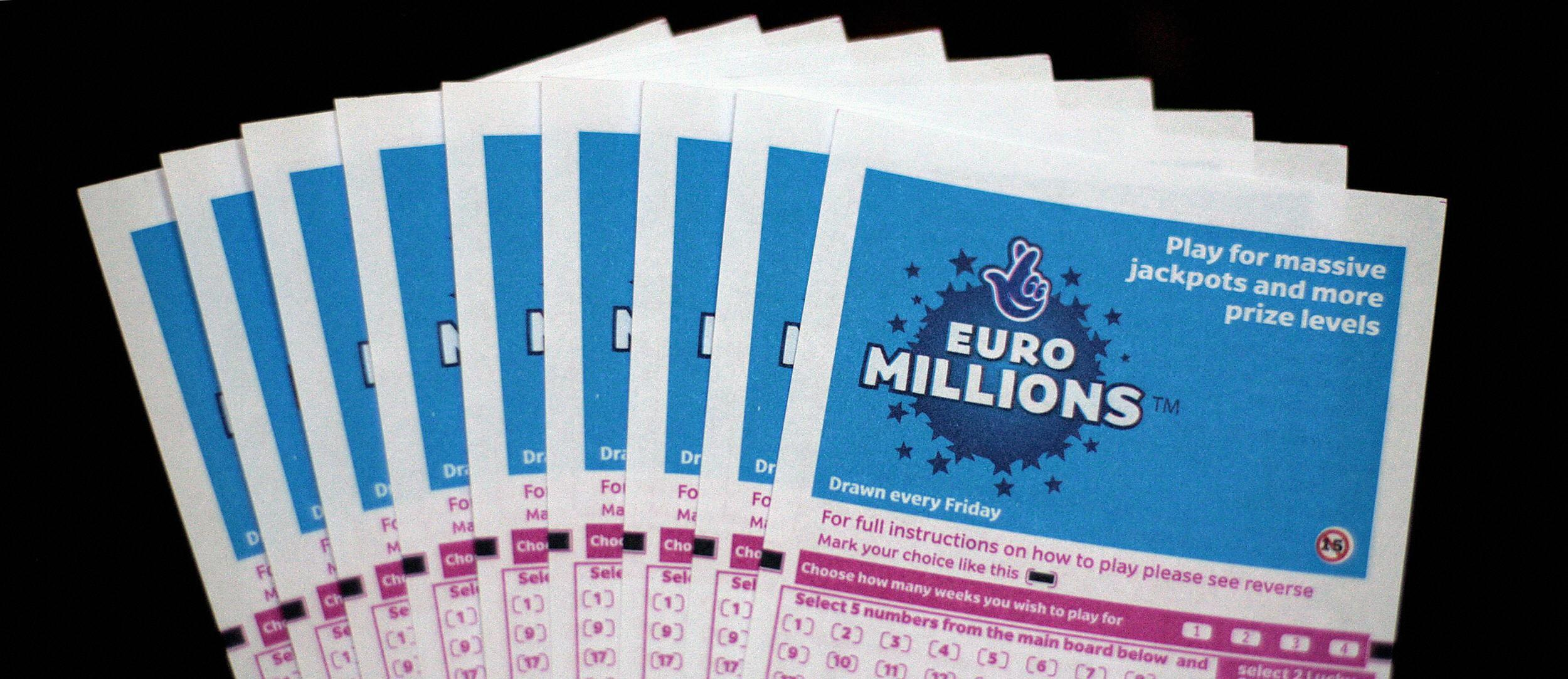 What time is the EuroMillions draw tonight, how many correct numbers do you need and what is the jackpot?