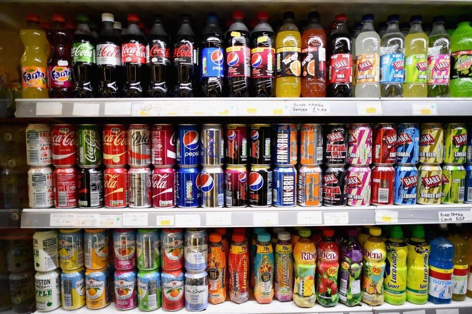School carries out daily BAG CHECKS on pupils to confiscate unhealthy food and fizzy drinks