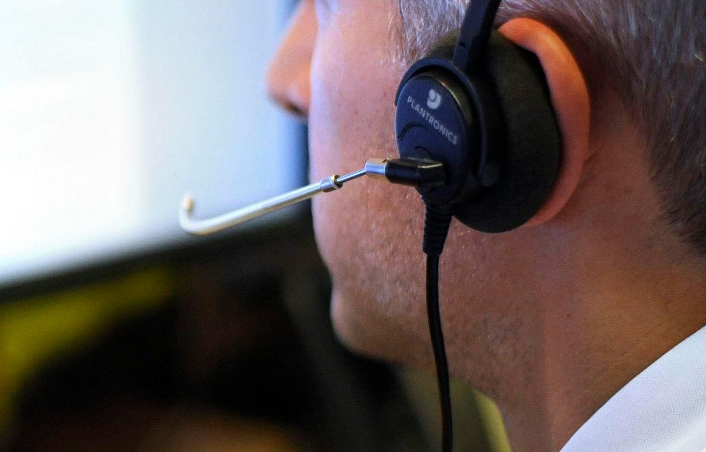 More than a million calls to Universal Credit helpline have gone unanswered in the past year