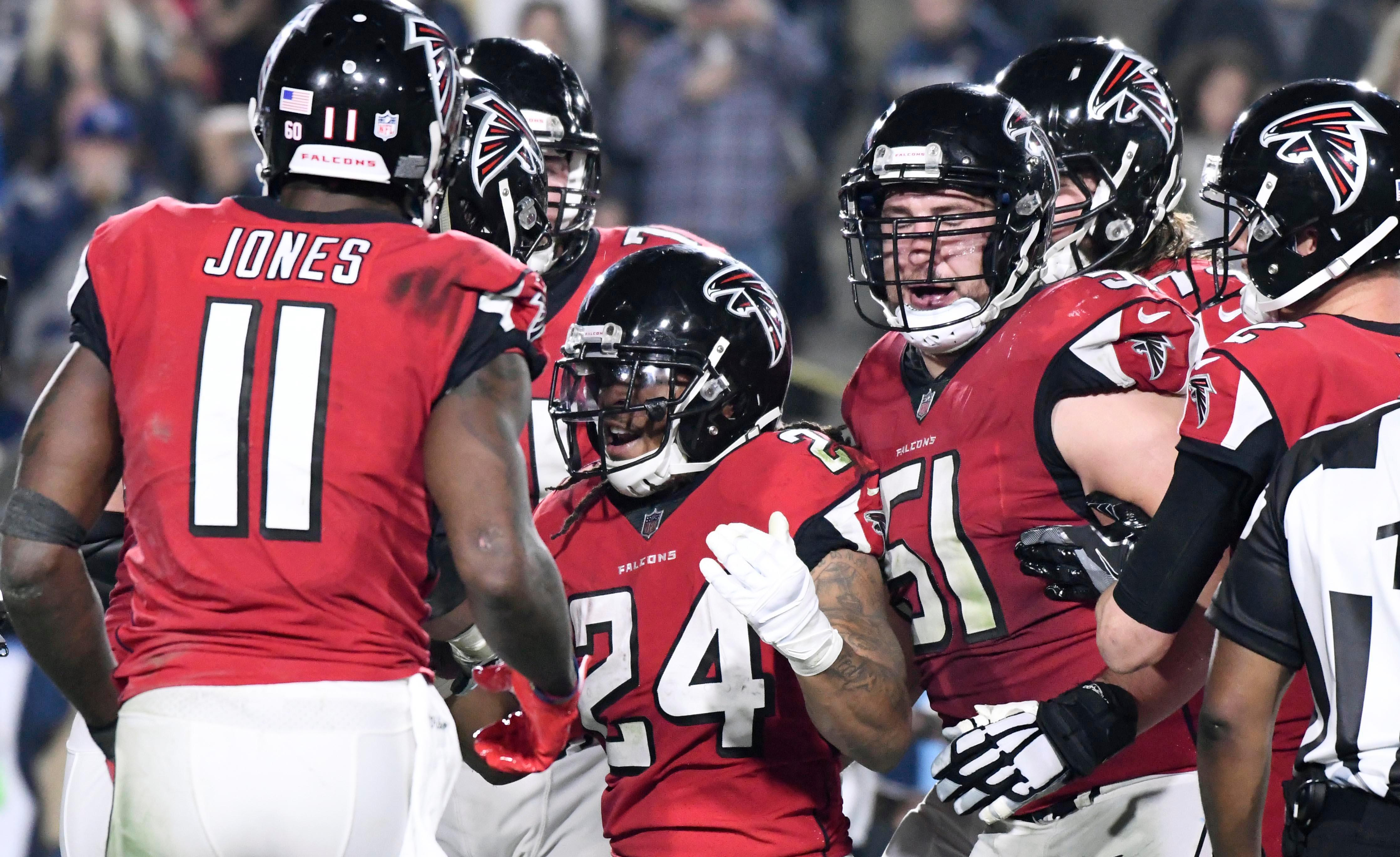 Atlanta Falcons vs Philadelphia Eagles: No 1 seeds head into play-off clash as outsiders against red-hot Falcons