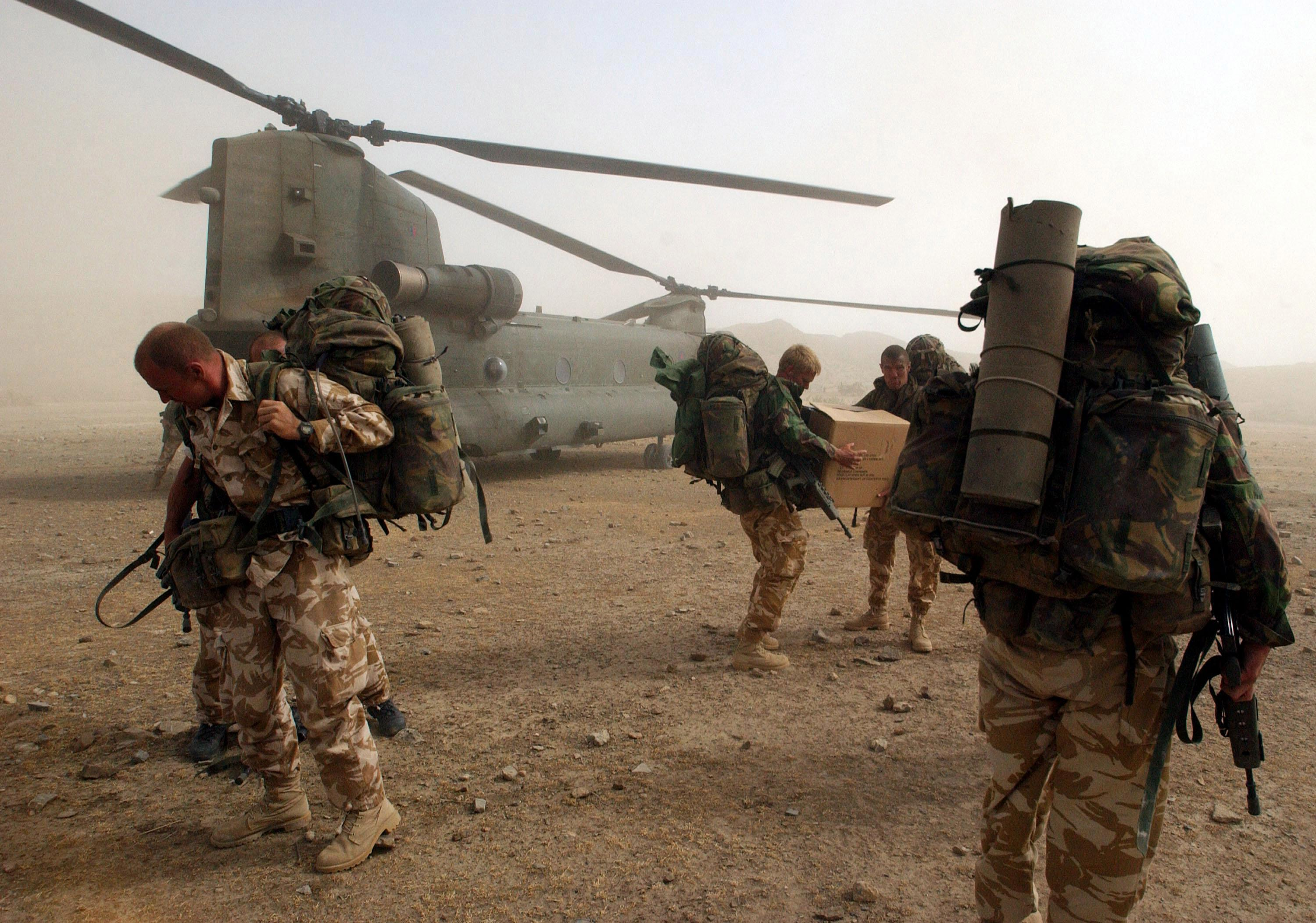 NHS launches recruitment drive targeting former members of the armed forces