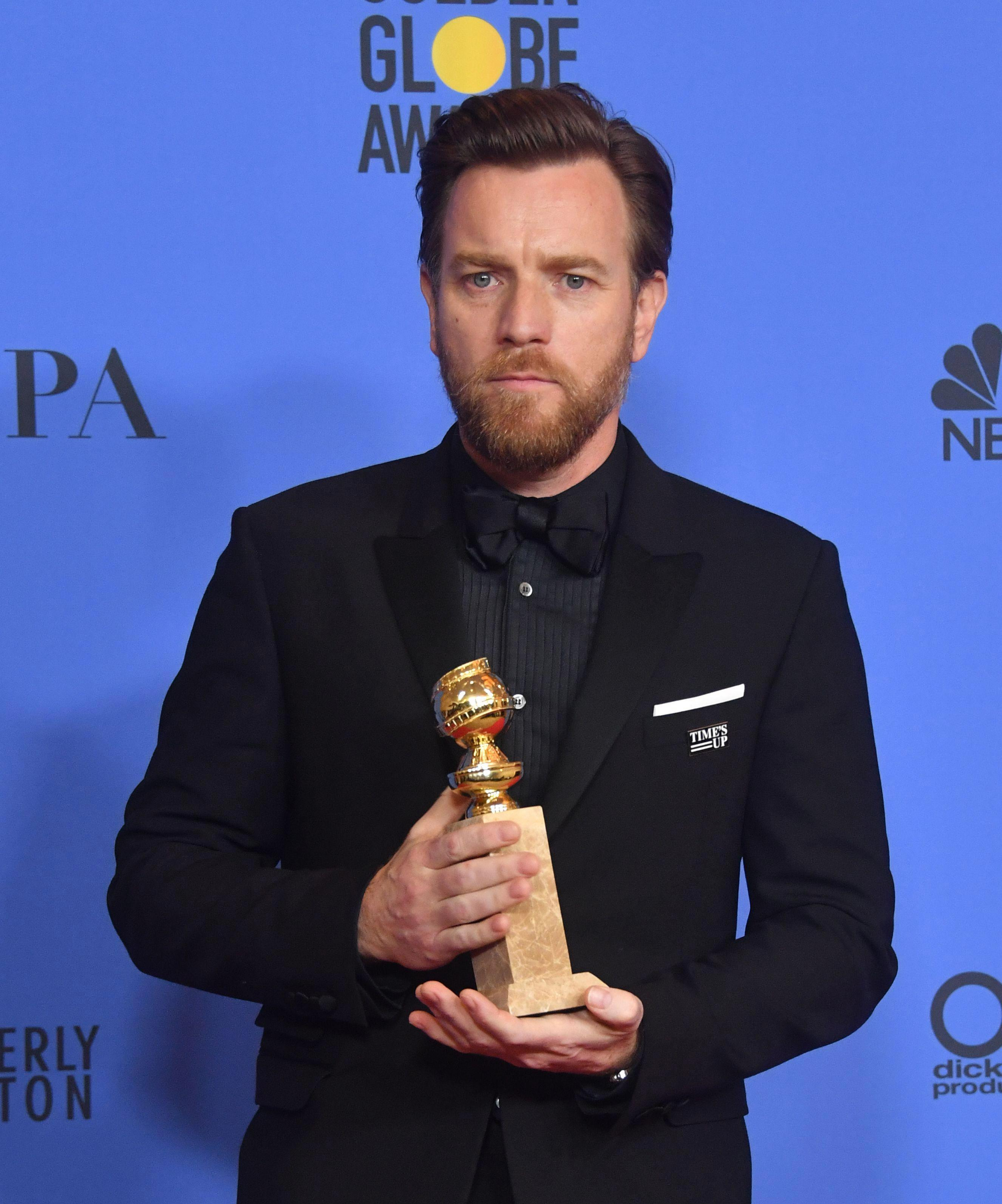 Ewan McGregor thanks estranged wife Eve Mavrakis AND new love Mary Elizabeth Winstead during Golden Globes acceptance speech