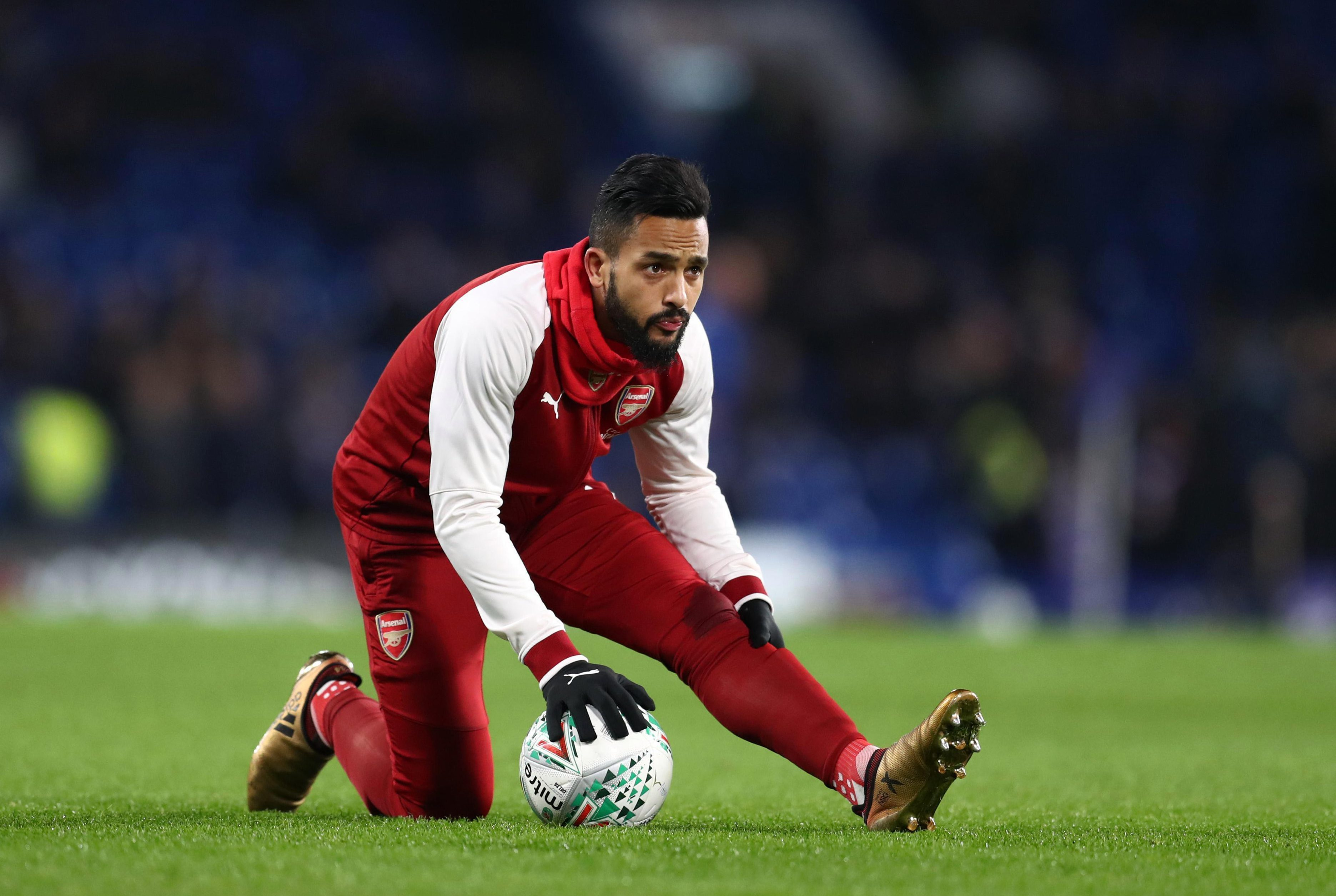 Theo Walcott set for Arsenal exit as Everton edge Southampton in the transfer race, according to the bookies