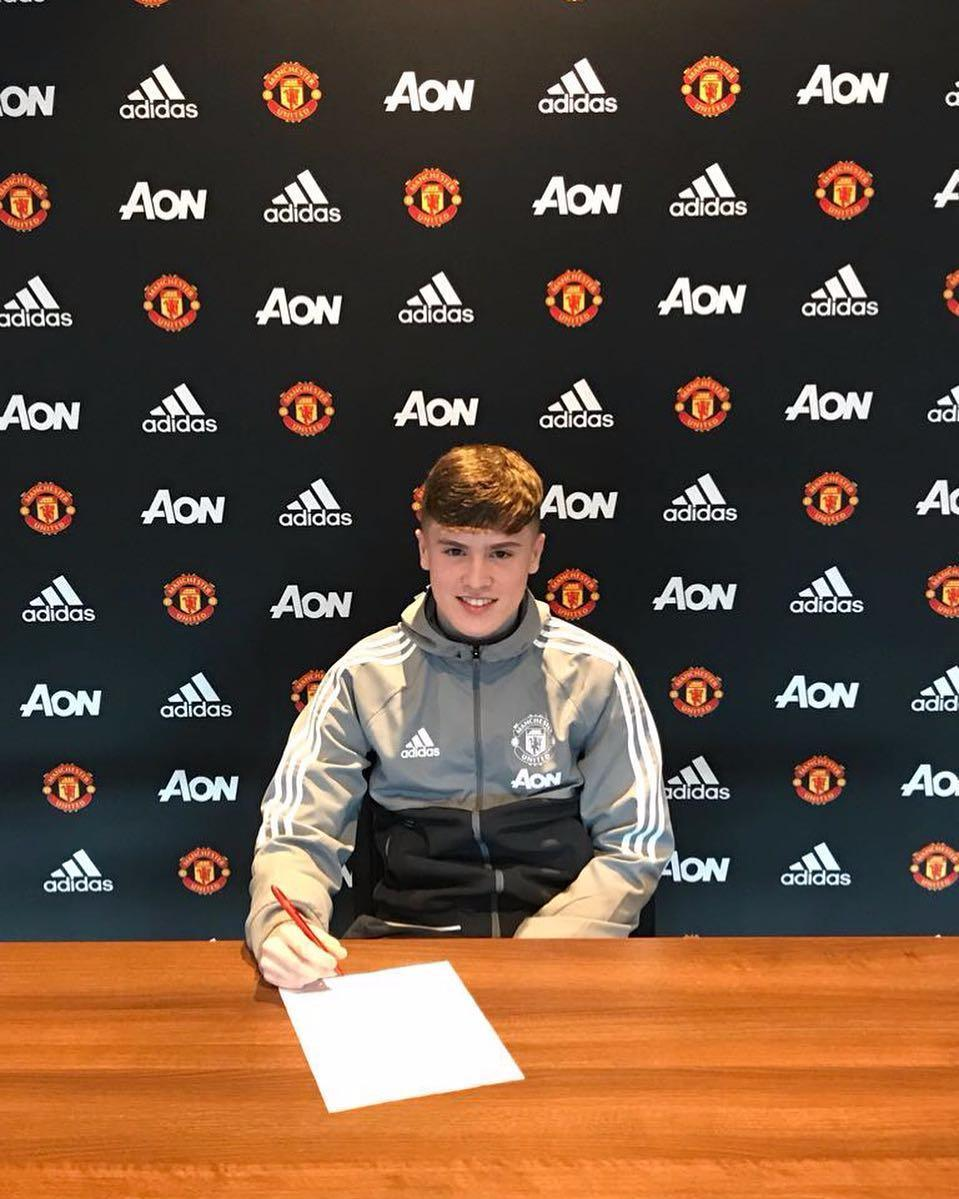 Manchester United sign Charlie McCann from Coventry after agreeing transfer in September