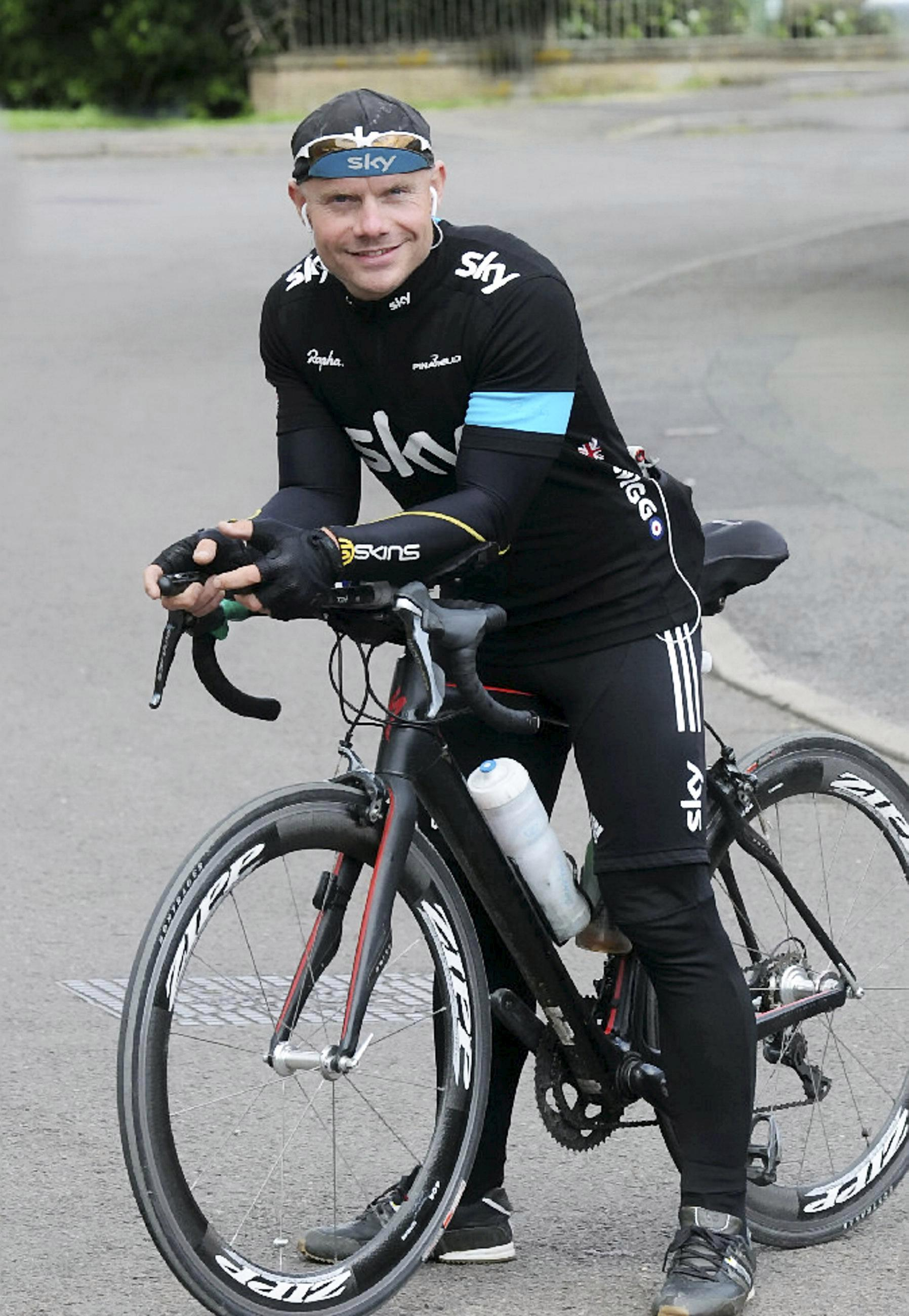 Record-breaking cyclist who was fastest man to bike across Europe in epic 4,300-mile race dies suddenly aged 40