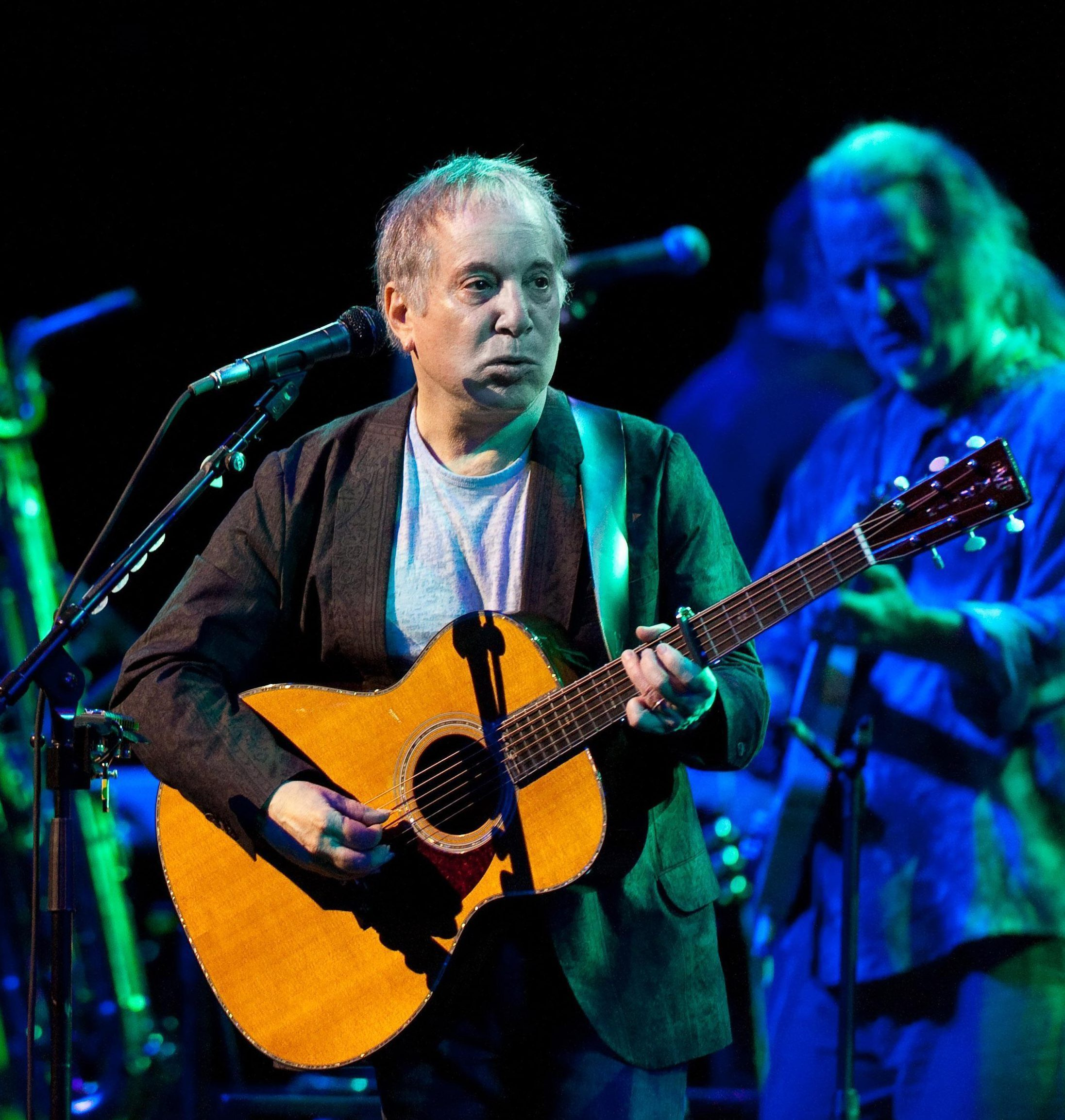 Paul Simon will play his last ever stage show in Britain this summer