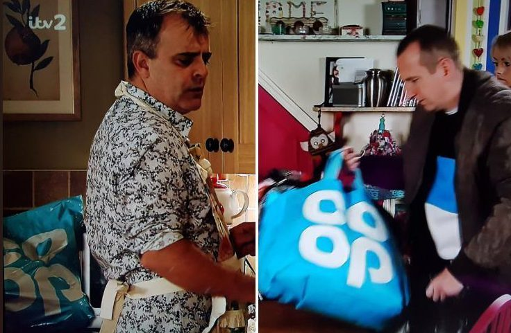 Coronation Street fans in frenzy after spotting characters carrying Co-Op supermarket shopping bag in different scenes