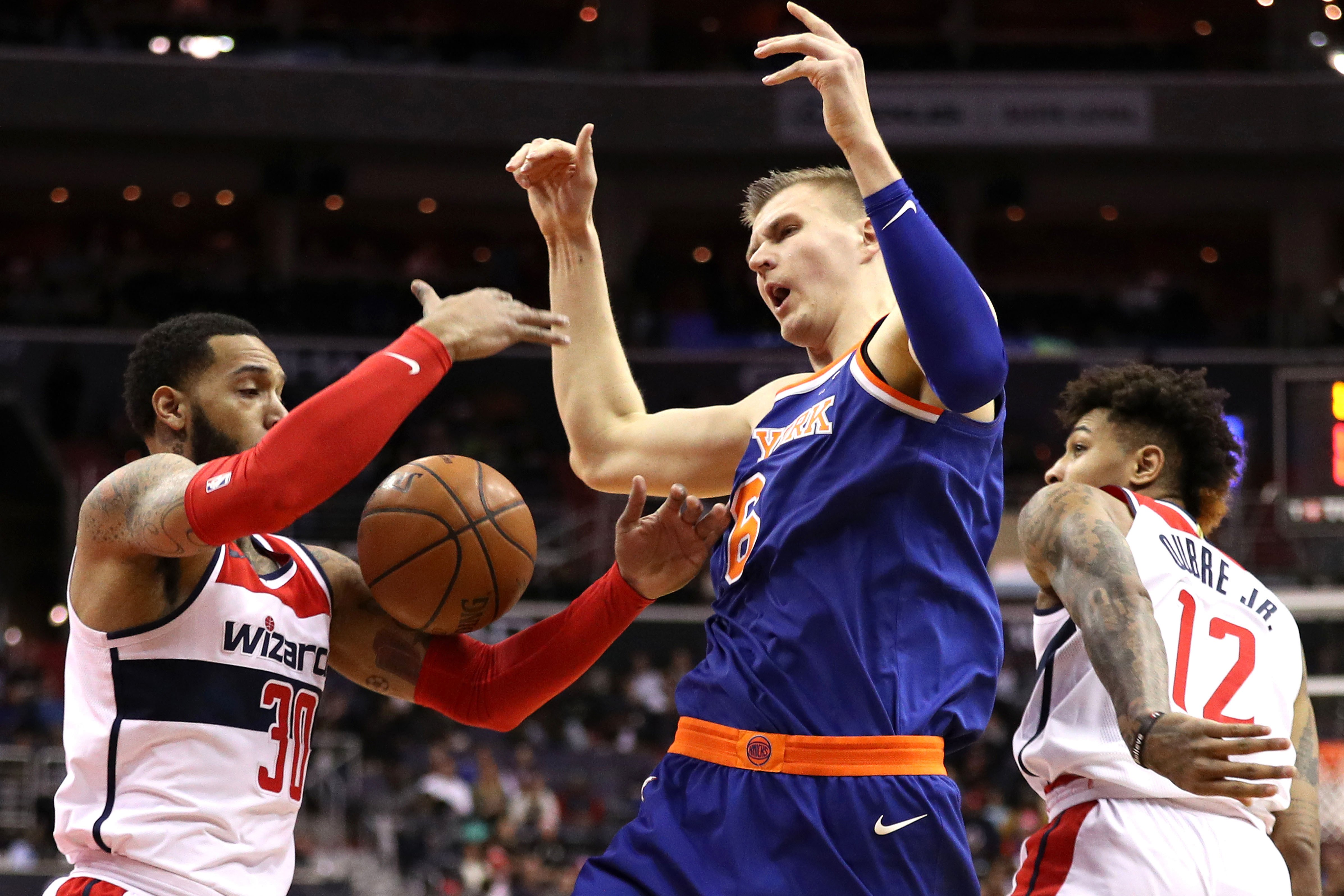 Knicks have a second half to forget in ugly loss to Wizards