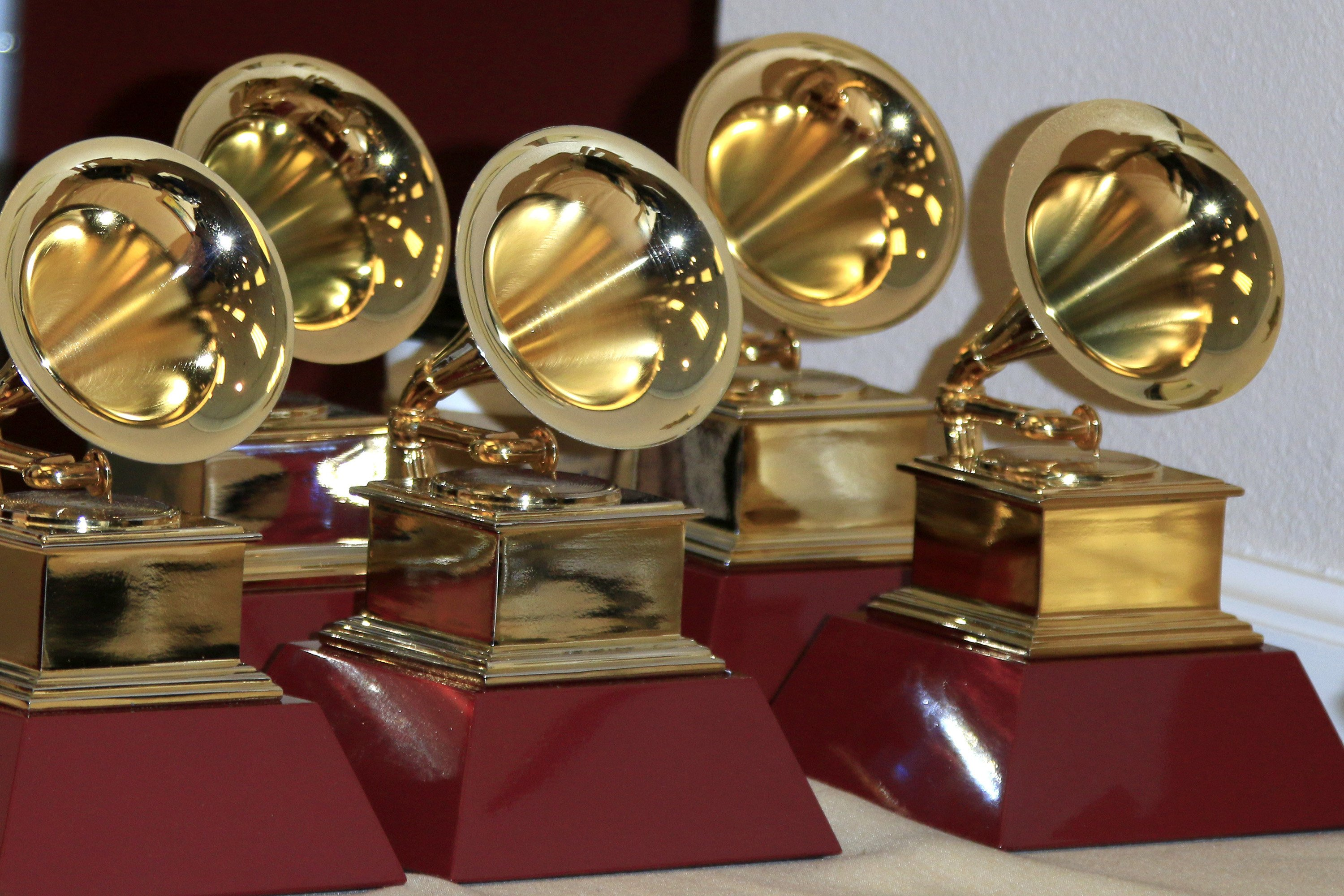 Music companies plan parties for Grammy week