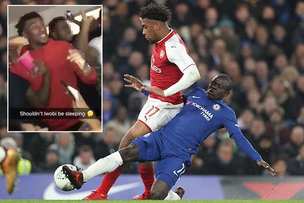 Arsenal fans brilliantly troll Alex Iwobi during Carabao Cup stalemate at Chelsea