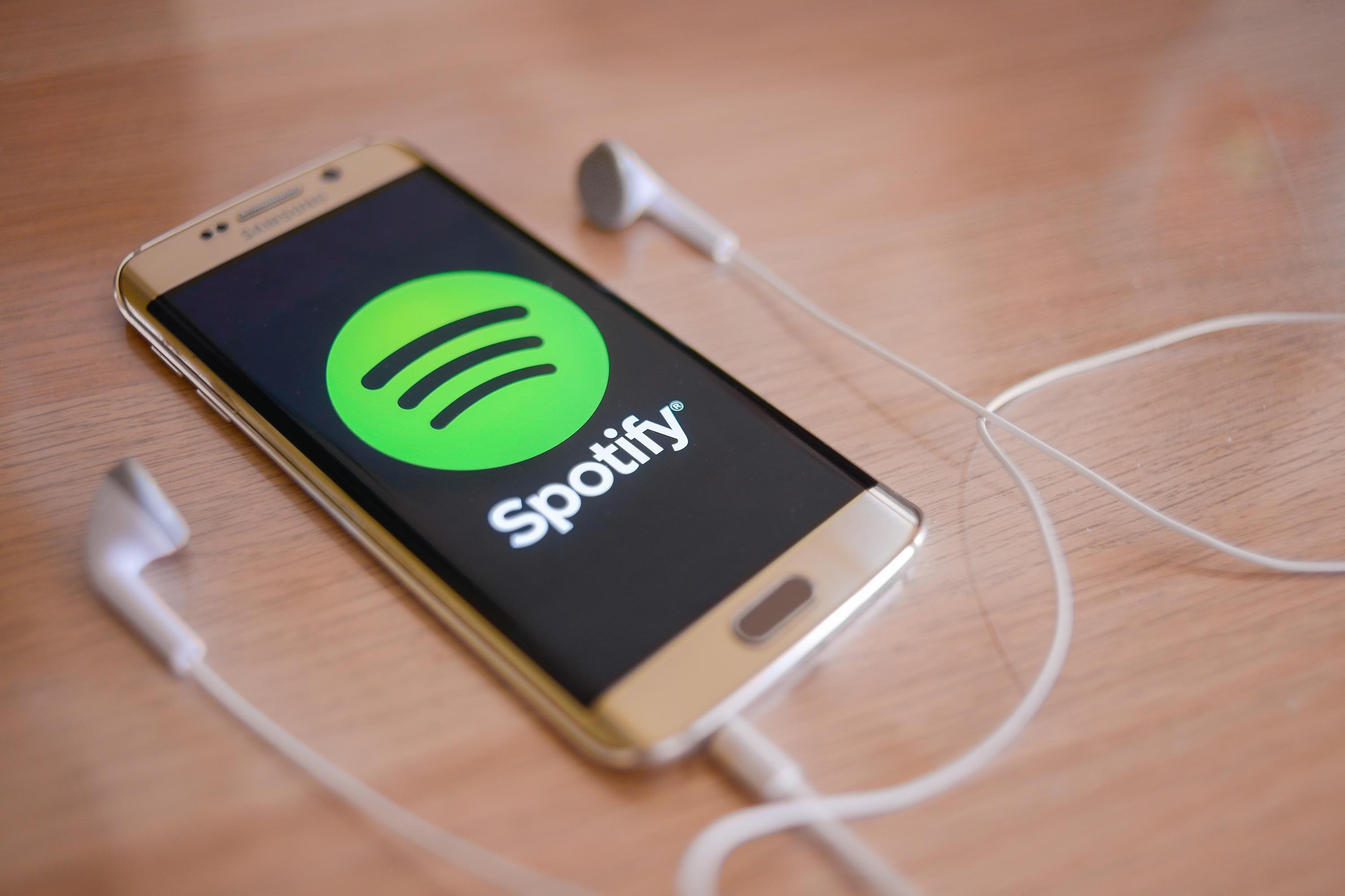 "Spotify makes ""confidential' filing for an IPO this spring"