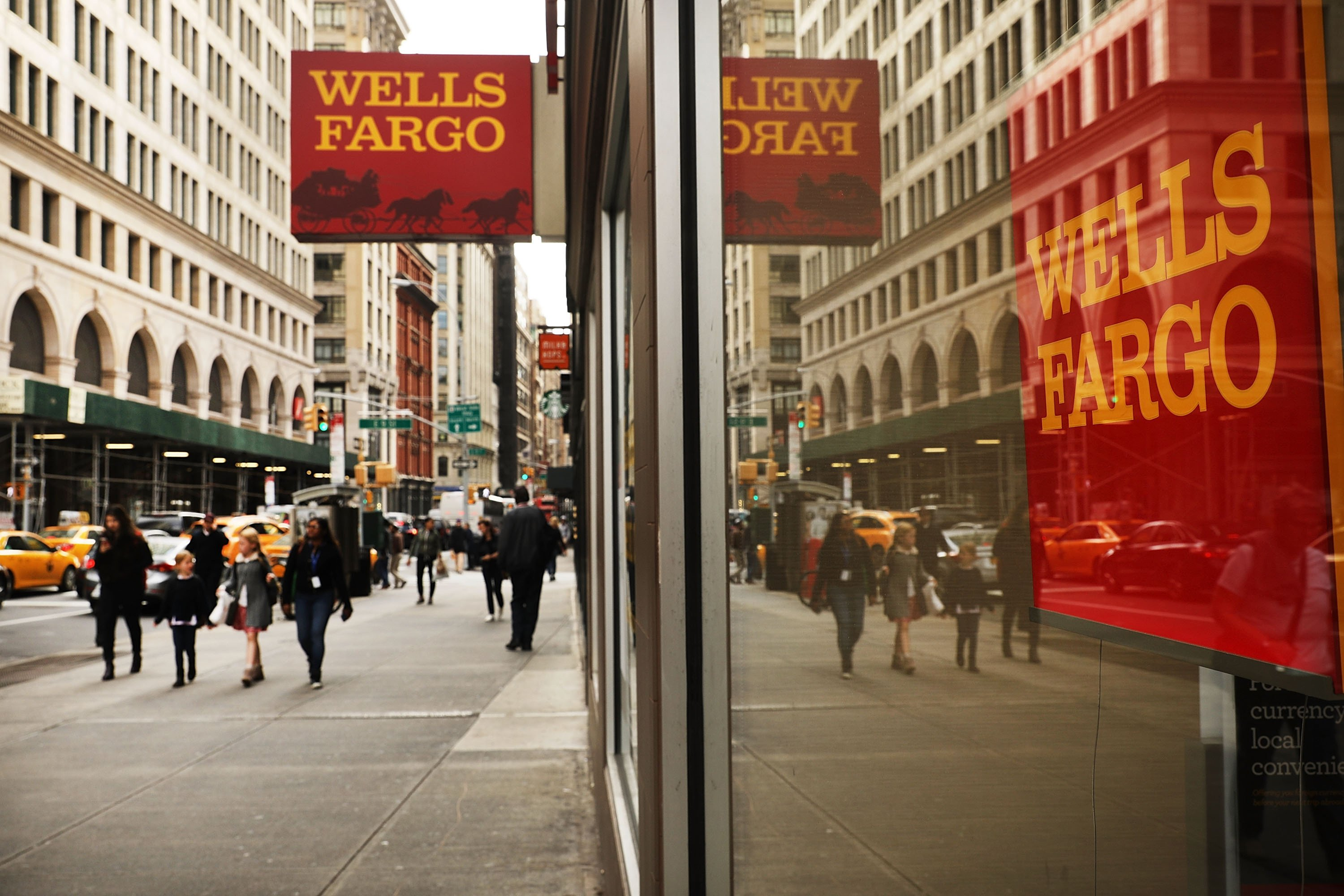 Tax bill helps push Wells Fargo to fourth-quarter gain