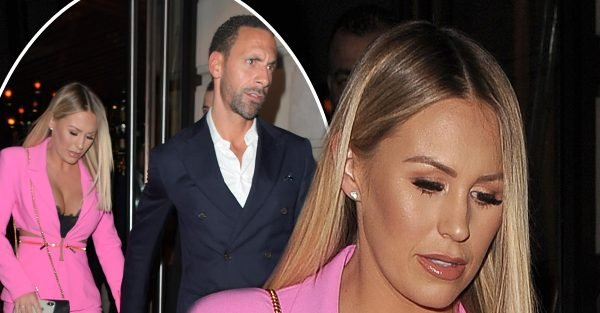 Kate Wright flashes cleavage during night with Rio Ferdinand