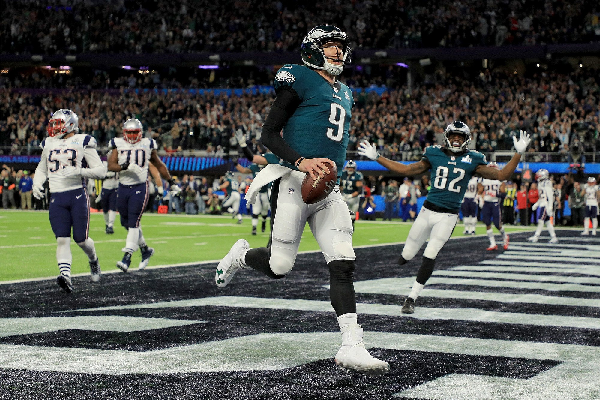 The Tom Brady-Nick Foles shootout is on