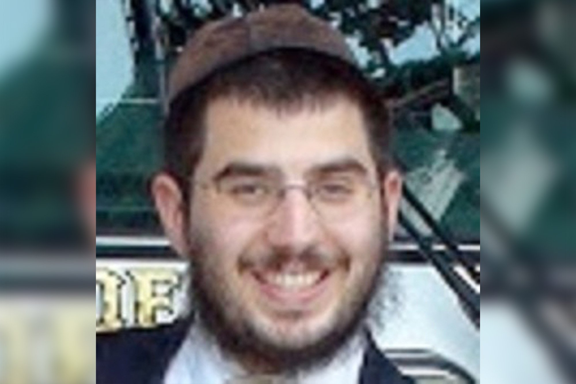 Rabbi accused of having sex with teen prostitute