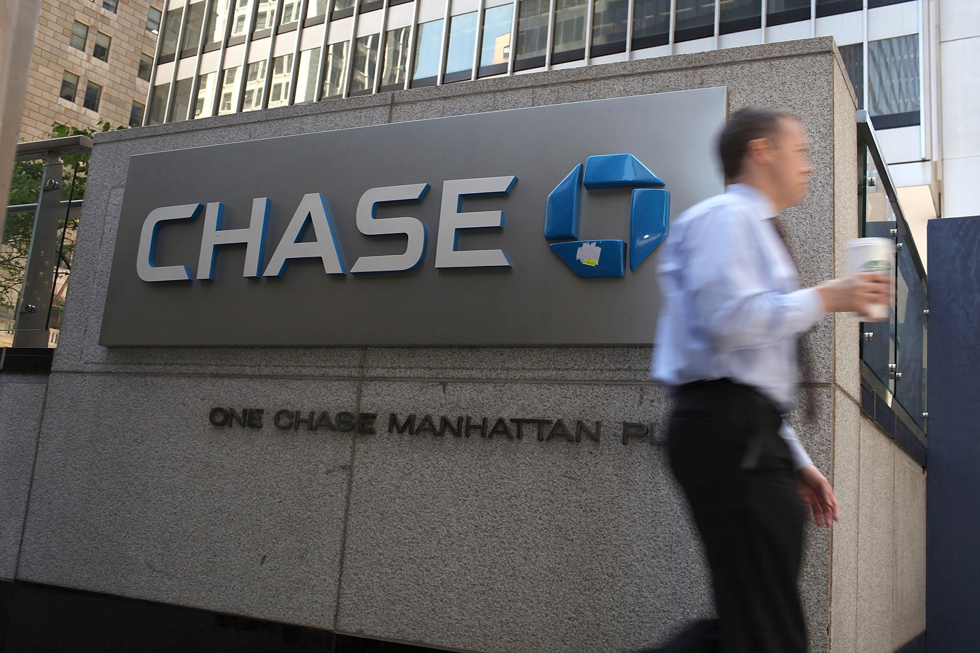 Bizarre glitch let Chase customers see other people's accounts
