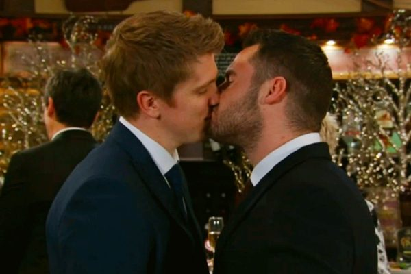 Emmerdale drop deleted Robron wedding scenes on anniversary
