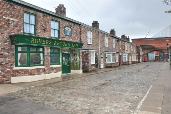 Coronation Street stars to 'QUIT' amid product placement row