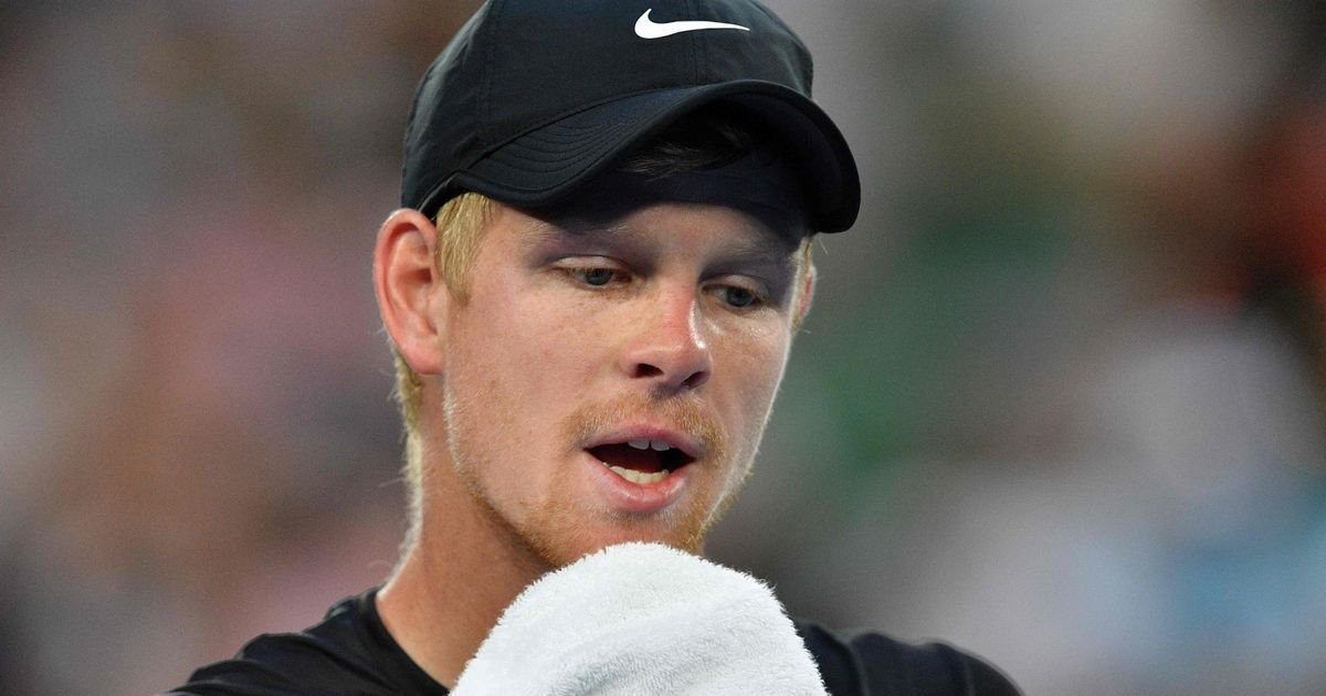 Kyle Edmund left out of the first day's play of Davis Cup tie against Spain